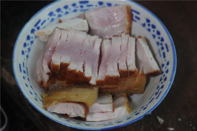 芋头蒸扣肉的简单做法