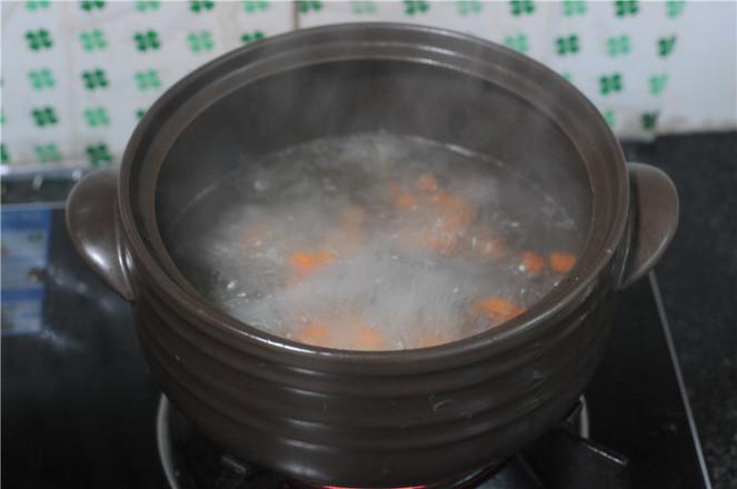 芋头蒸扣肉怎么炖