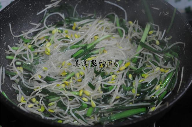 黄豆芽粉丝炒韭菜怎么炒