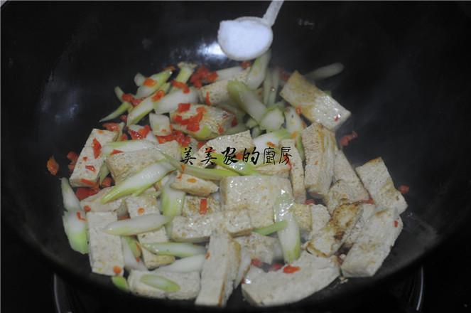 白菜苔炒冻豆腐怎么炖