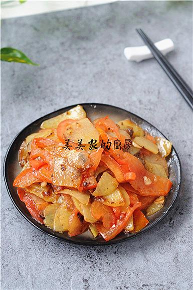西红柿炒土豆片成品图