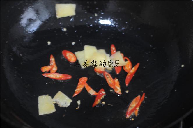 白菜苔炒肉片的家常做法