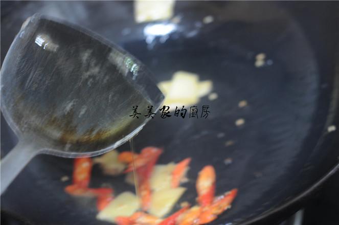白菜苔炒肉片的简单做法