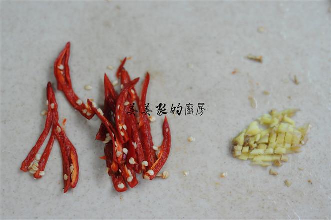 葱油鸡丝豆芽的家常做法