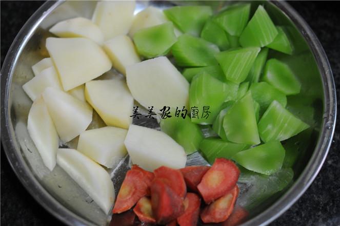 土豆焖莴笋的做法大全