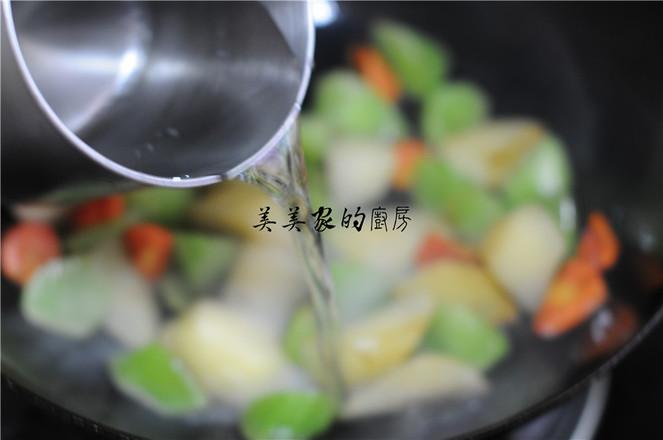土豆焖莴笋的简单做法