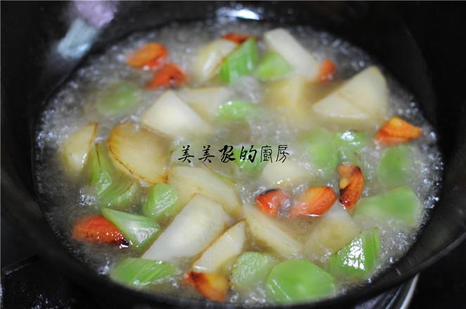 土豆焖莴笋怎么吃