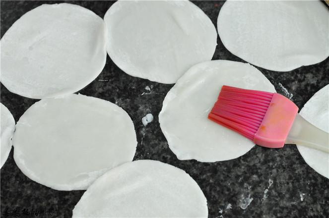 饺子皮红豆飞饼的做法图解