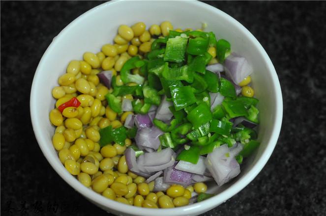 剁辣椒拌黄豆怎么做
