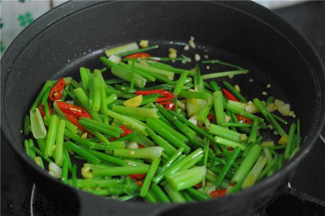 芹菜炒牛肉的步骤