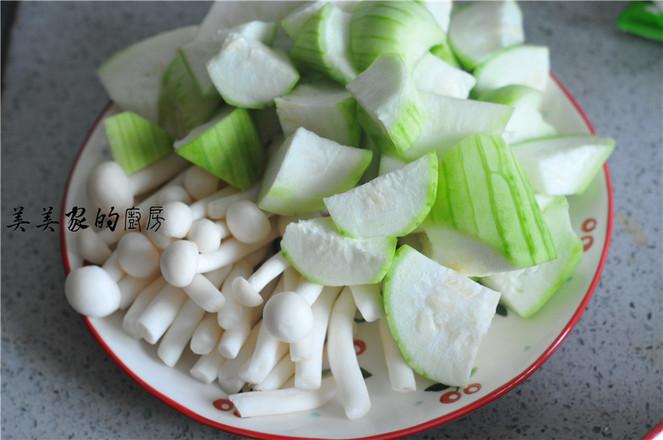 菌菇丝瓜鸡蛋汤的做法大全