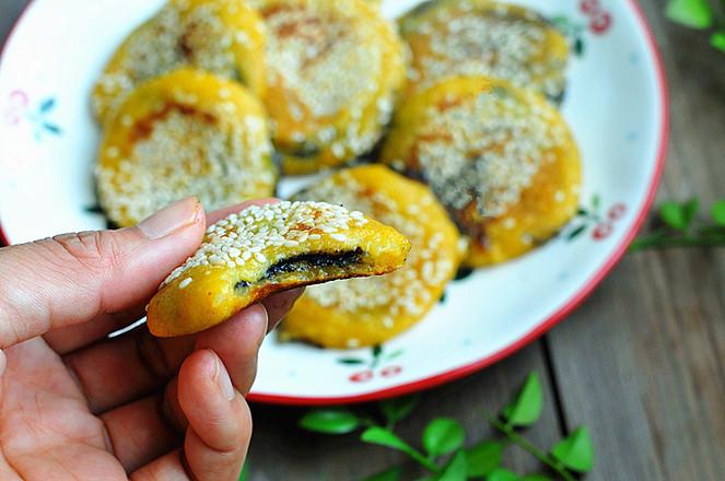 黑芝麻红薯饼成品图