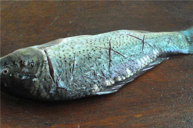 紫苏烧鲤鱼的家常做法