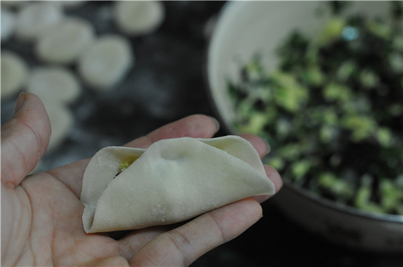 韭菜饺子怎么做