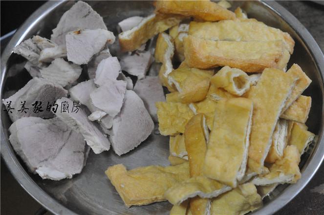 回锅油豆腐烧肉的做法图解