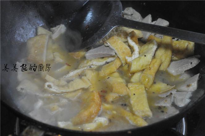 回锅油豆腐烧肉怎么炒