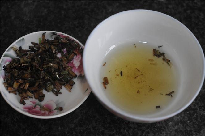 芹菜叶酸汤面的制作方法
