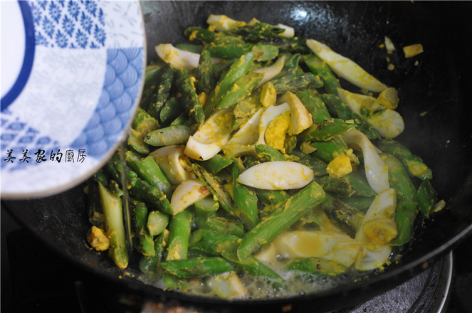 芦笋炒煮鸡蛋怎样煸