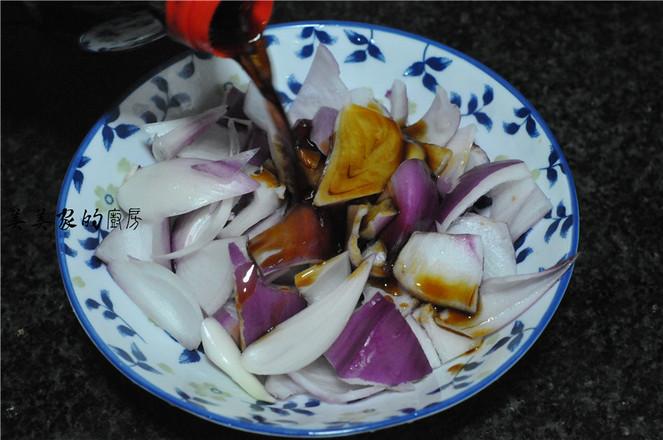 花生拌洋葱的简单做法