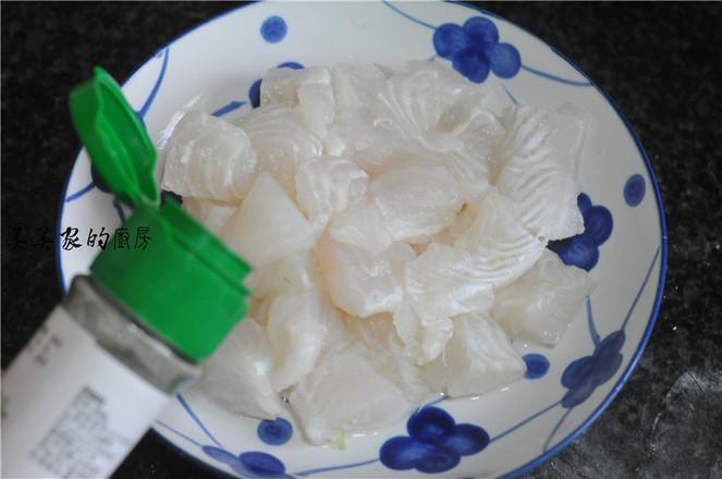 蒜蓉粉丝蒸龙利鱼怎么吃