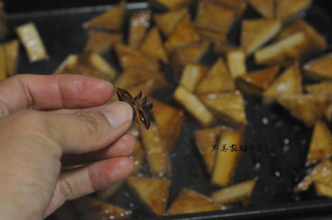 蜜汁三角豆干怎么炒