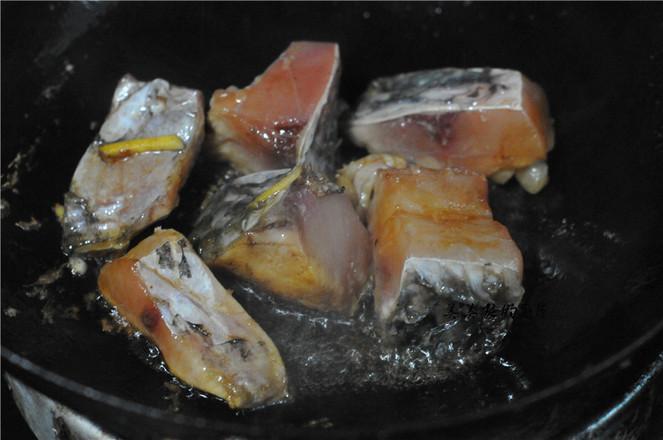 田螺紫苏烧鱼怎么炒