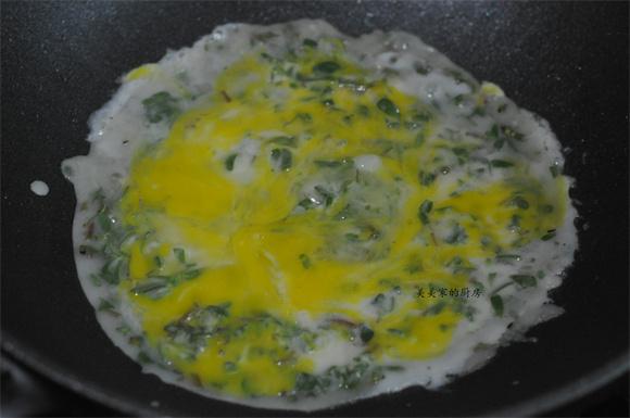 马齿苋鸡蛋饼的步骤