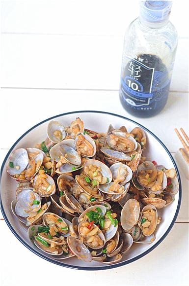 香辣蛤蜊成品图