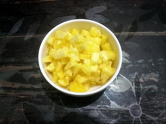 什锦菠萝炒饭怎么吃