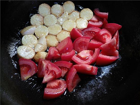 番茄金针菇烩鸡蛋豆腐的简单做法