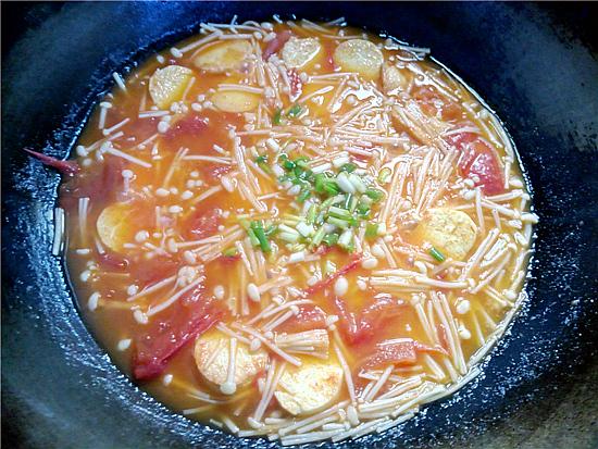 番茄金针菇烩鸡蛋豆腐怎么炖