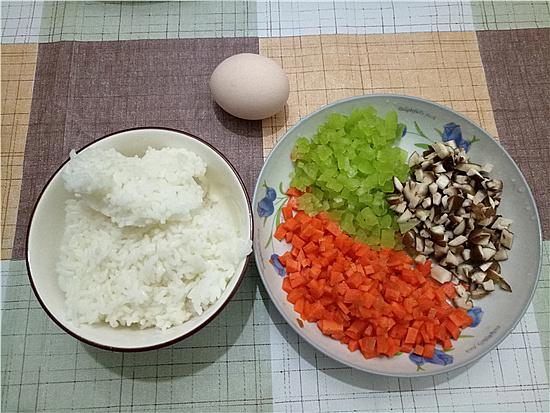 三色米饭丸子的做法大全