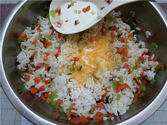 三色米饭丸子怎么炒