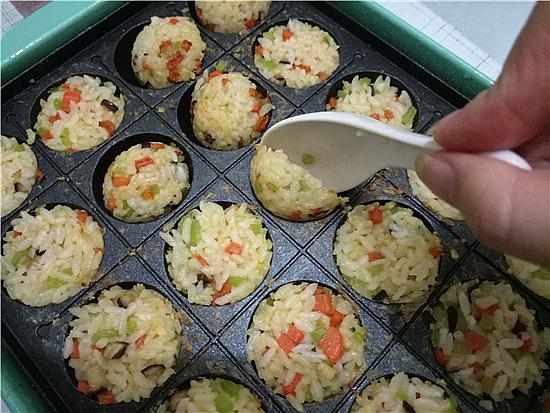 三色米饭丸子怎么煸