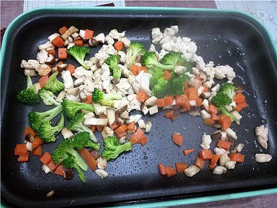 玉米藜麦鸡胸杂蔬沙拉怎么煮