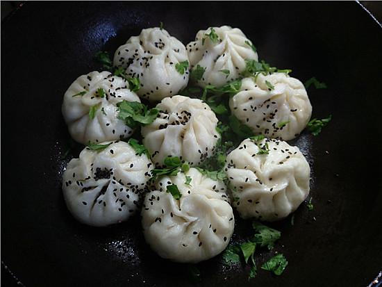 水煎香菇白菜肉包怎样炒
