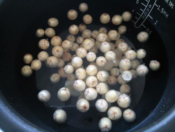 莲子排骨汤的做法图解