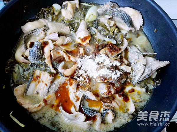 酸菜黑鱼片怎样做
