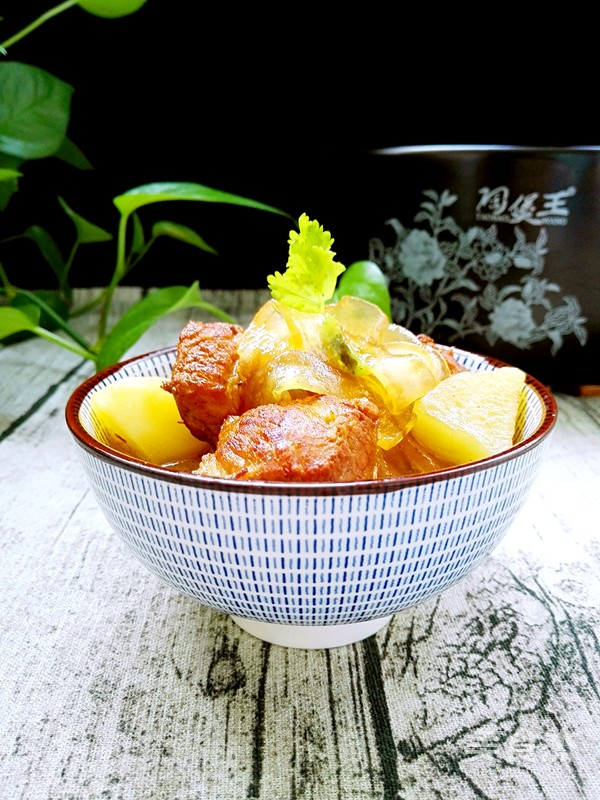 土豆粉条炖红烧肉的制作方法
