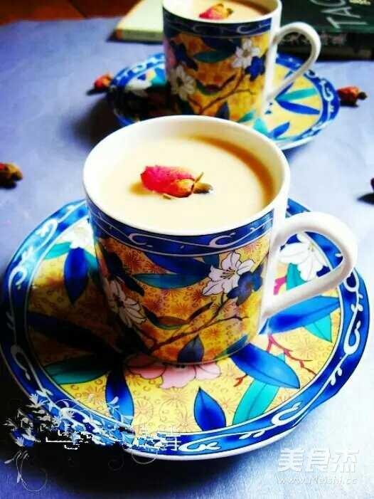 玫瑰焦糖奶茶的做法图解