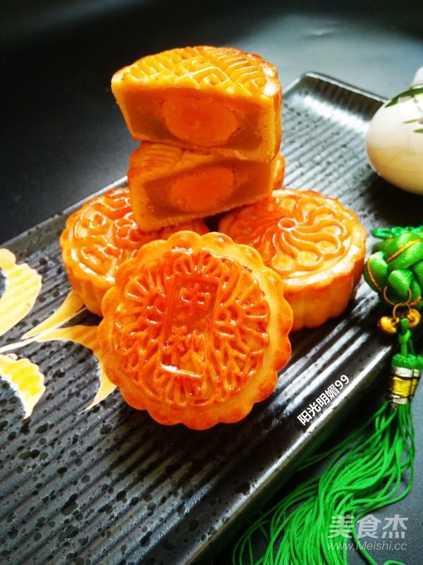 广式莲蓉蛋黄月饼的做法大全