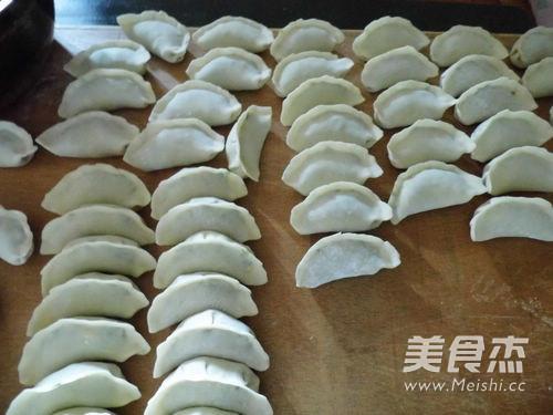 小白菜猪肉饺子怎样煸