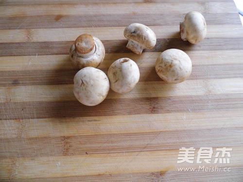 台式三杯蘑菇鸡翅怎么做