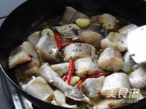 泡椒红烧明太鱼怎么煮