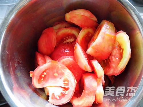 番茄排骨汤的做法图解