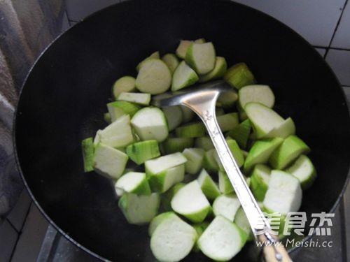 蒜香丝瓜的简单做法