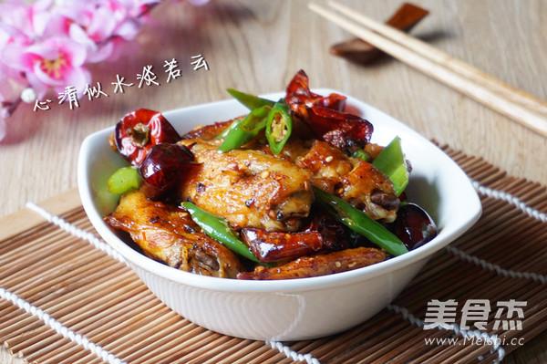 麻辣干锅鸡翅成品图