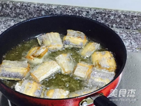 剁椒带鱼的简单做法