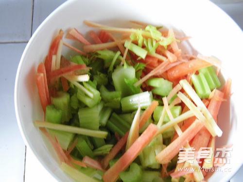 咖喱芹菜肉丝的做法图解