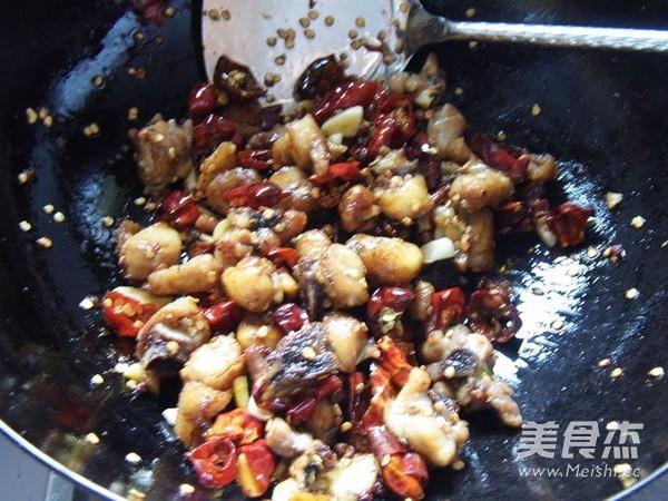 重庆辣子鸡怎么煸